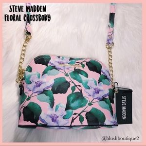 💙NWT Steve Madden Pink Floral Crossbody